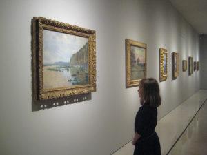 Cuadro de Monet en una exposición temporal
